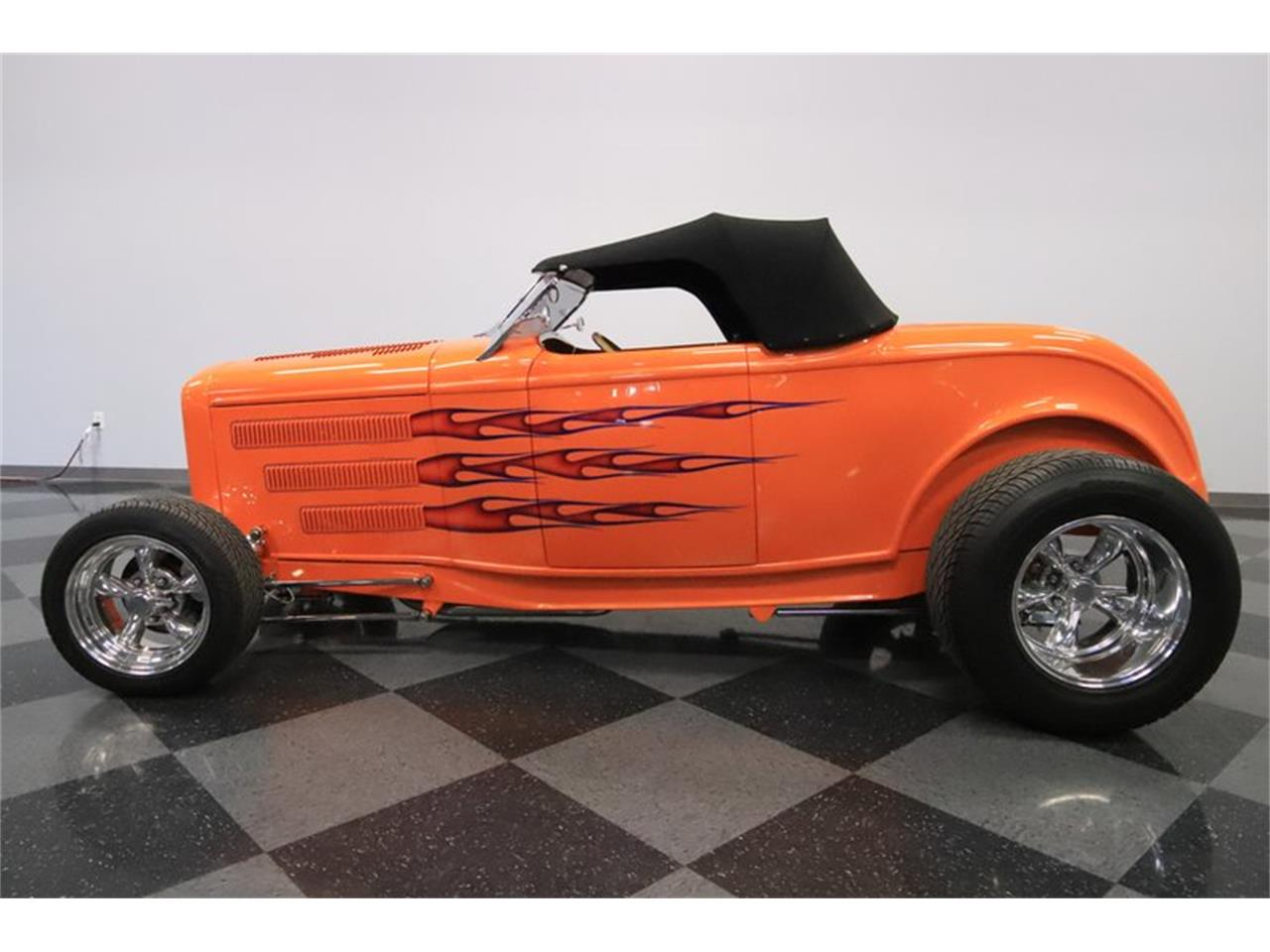 Large Picture of '32 Ford Roadster - Q1HE