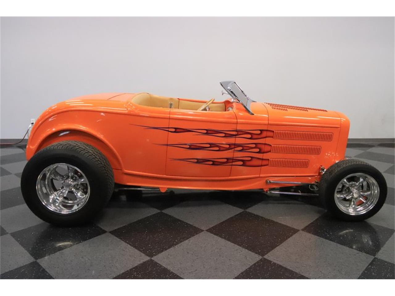Large Picture of Classic '32 Ford Roadster located in Mesa Arizona - $72,995.00 Offered by Streetside Classics - Phoenix - Q1HE
