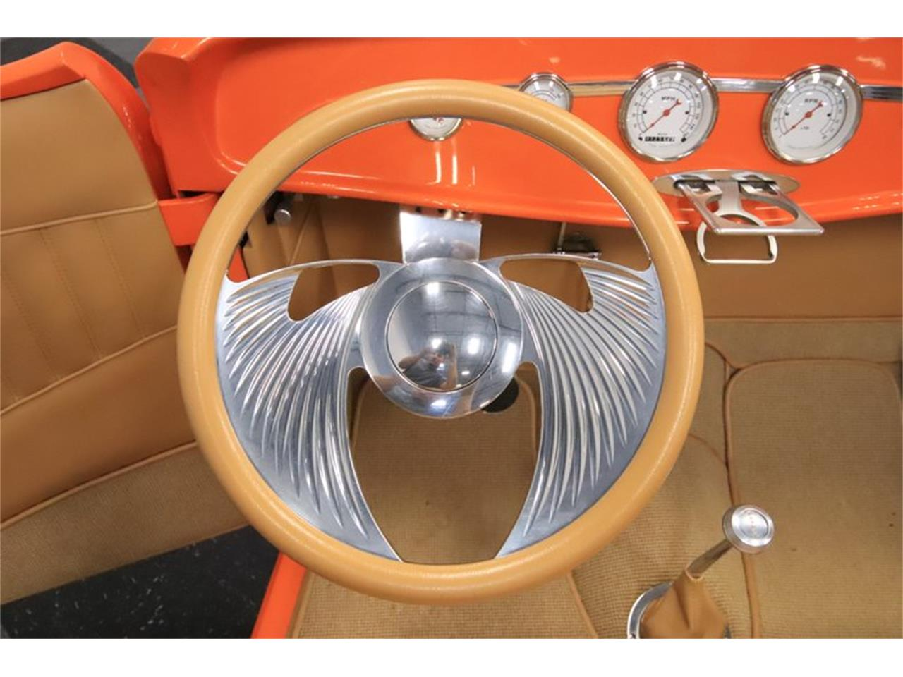 Large Picture of '32 Ford Roadster Offered by Streetside Classics - Phoenix - Q1HE