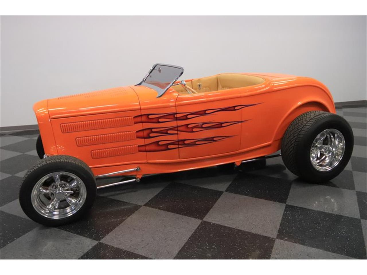 Large Picture of '32 Roadster Offered by Streetside Classics - Phoenix - Q1HE