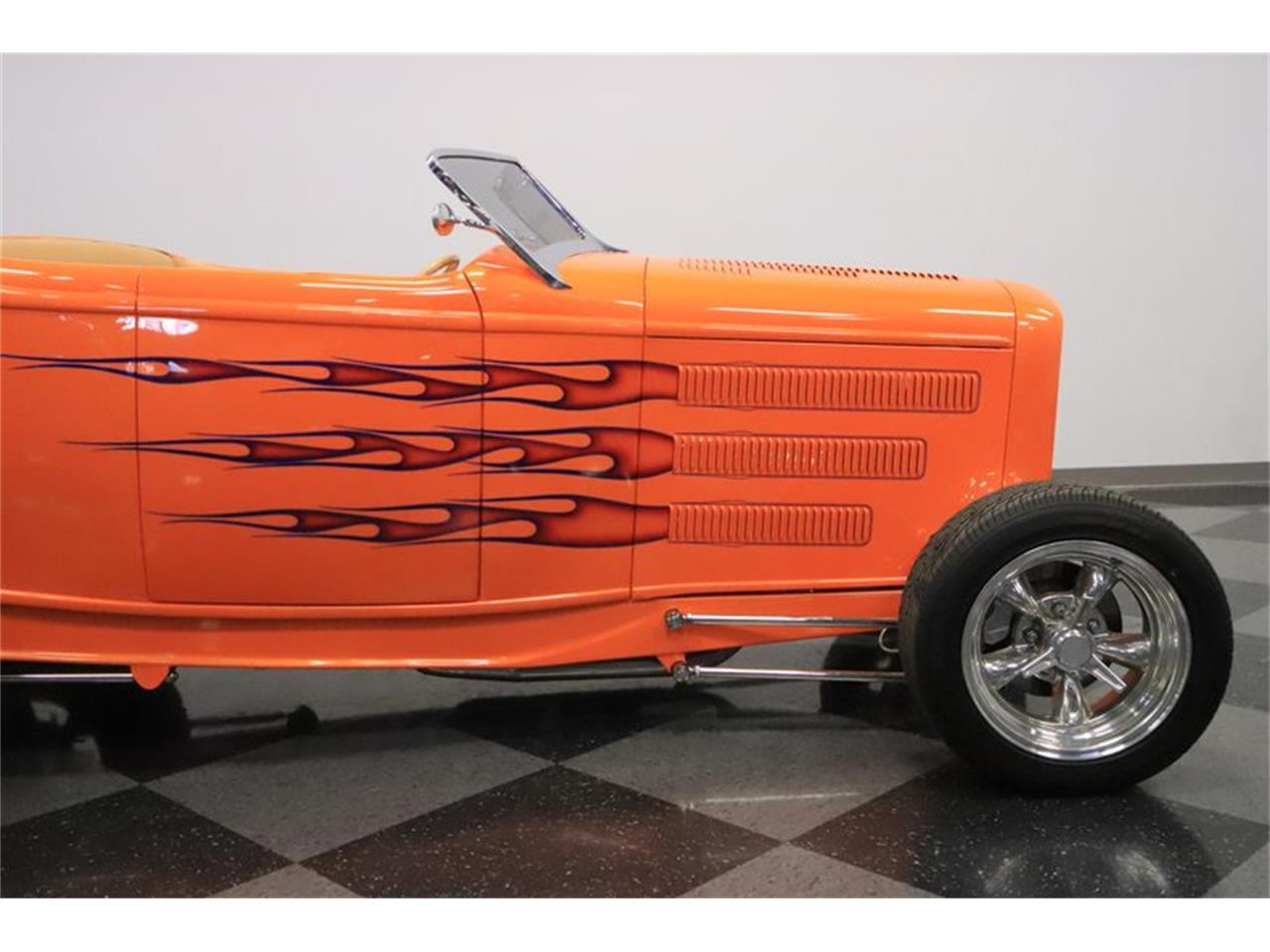Large Picture of Classic 1932 Ford Roadster located in Arizona - Q1HE