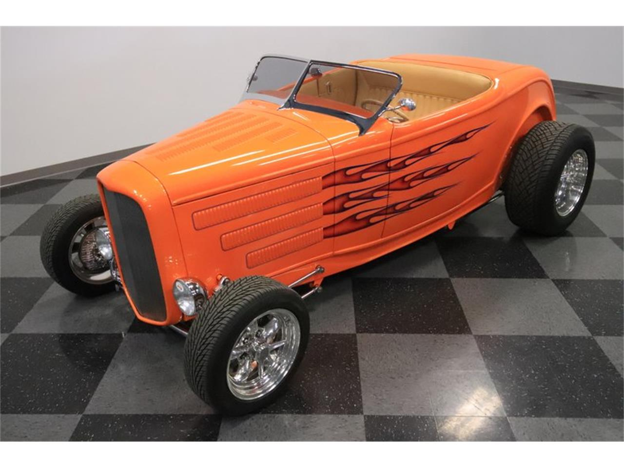 Large Picture of Classic 1932 Ford Roadster - $72,995.00 - Q1HE