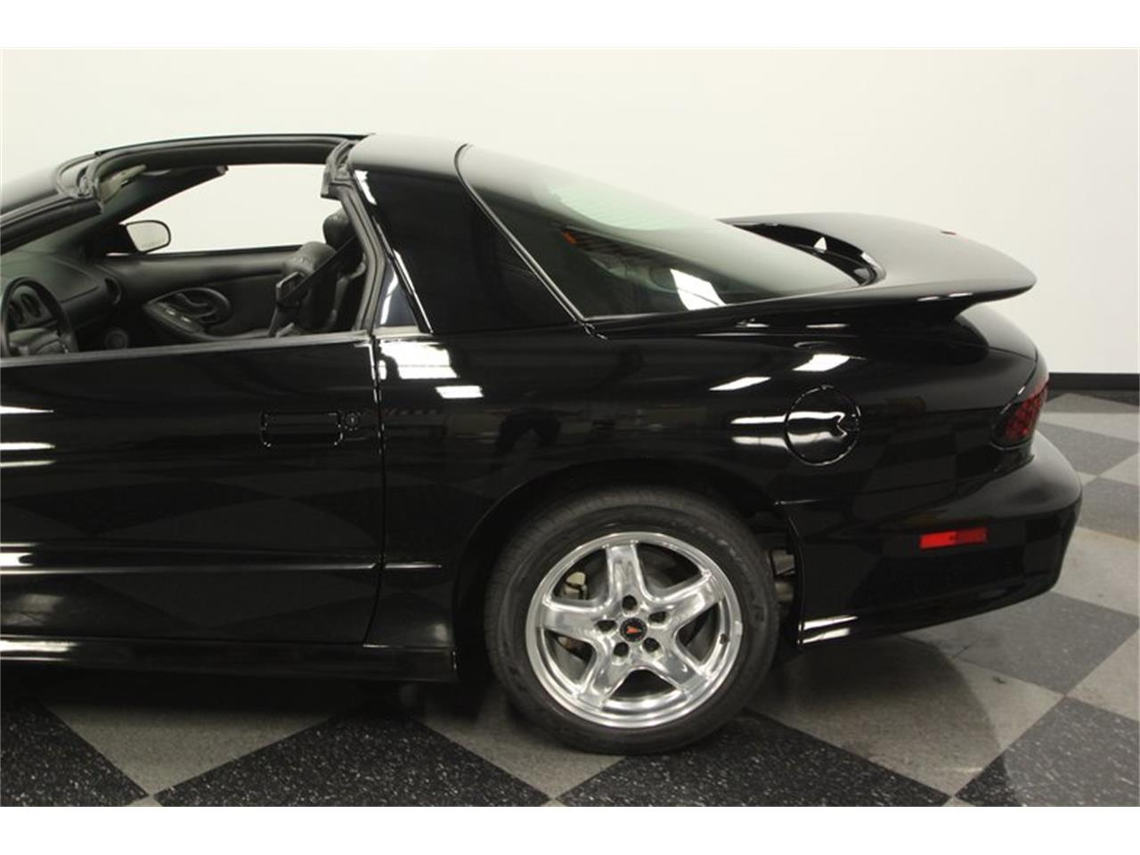 Large Picture of '02 Firebird - Q1HN