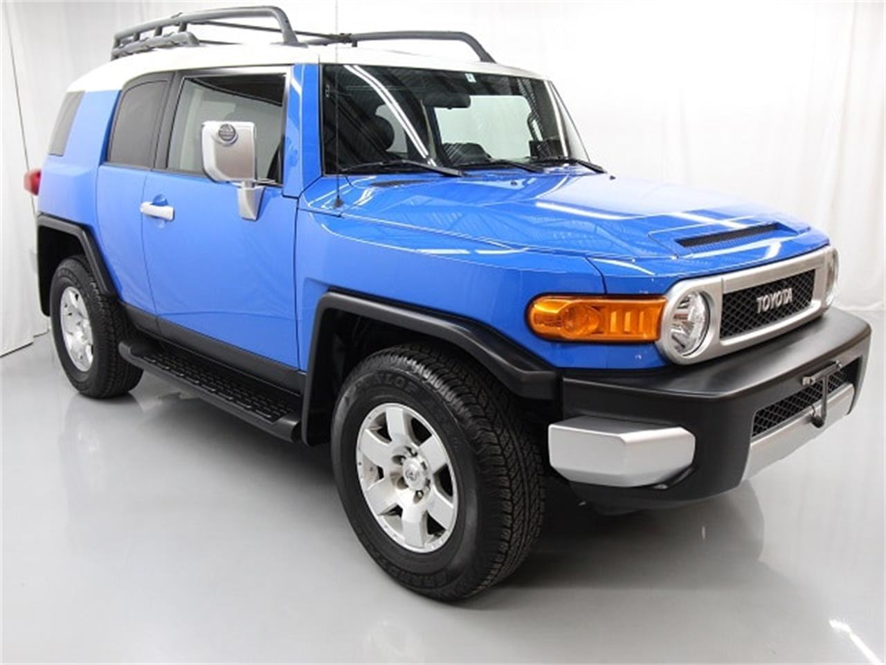 Large Picture of 2008 FJ Cruiser located in Christiansburg Virginia - $24,997.00 Offered by Duncan Imports & Classic Cars - PY12
