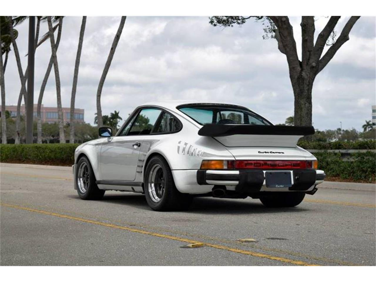 Large Picture of '76 Porsche 911 located in Long Island New York Offered by DP9 Motorsports - Q1JK
