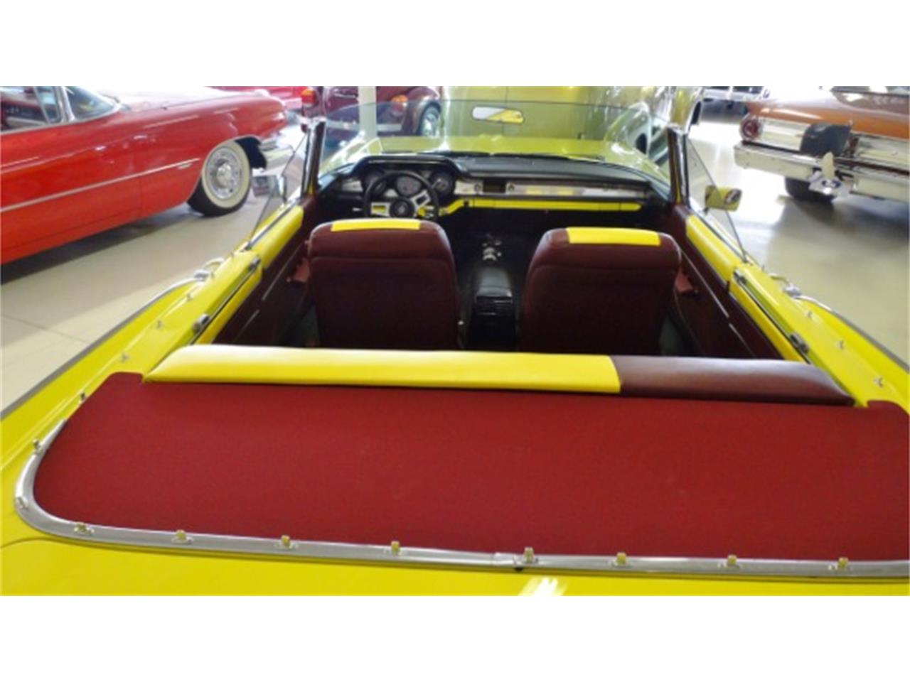 Large Picture of Classic 1959 Pontiac Star Chief located in Ohio Offered by Cruisin Classics - Q1LI