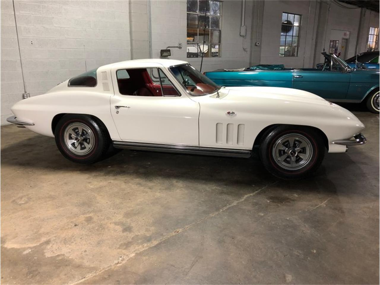 Large Picture of '65 Corvette - Q1MV