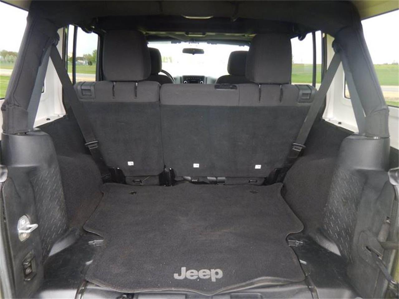 Large Picture of '16 Jeep Wrangler - Q1MX