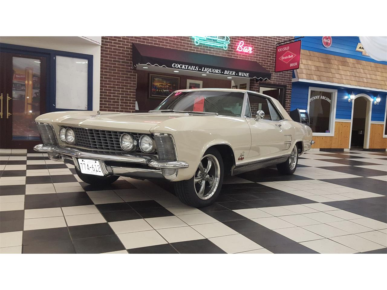 Large Picture of '64 Riviera - PY1I