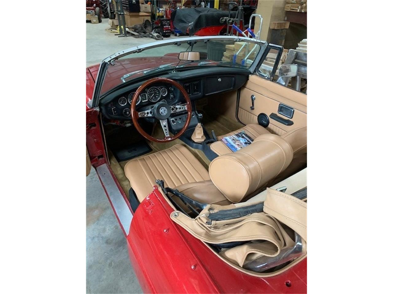 Large Picture of 1975 MG MGB located in Lebanon Tennessee - $12,000.00 Offered by a Private Seller - Q1U3
