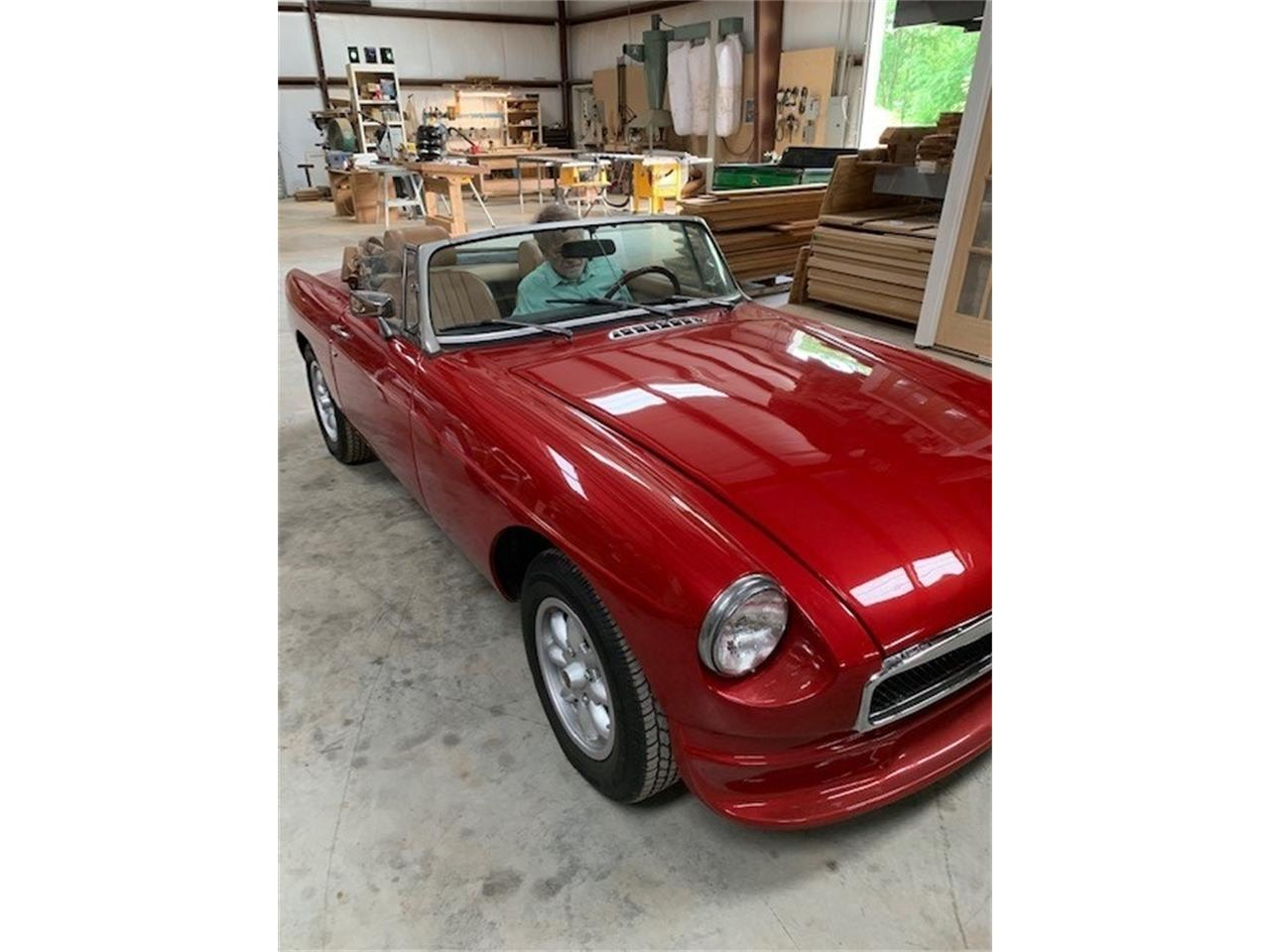 Large Picture of '75 MGB located in Lebanon Tennessee - $12,000.00 - Q1U3