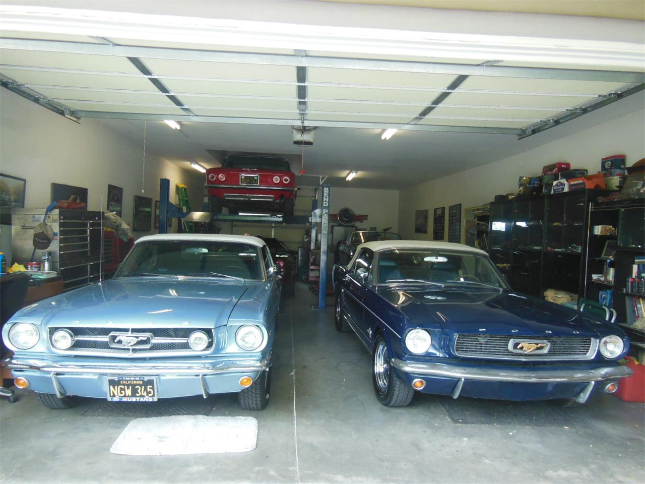 Large Picture of Classic '65 Mustang - Q1U8