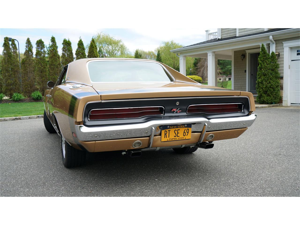 Large Picture of Classic 1969 Dodge Charger R/T - $83,900.00 - Q1UM