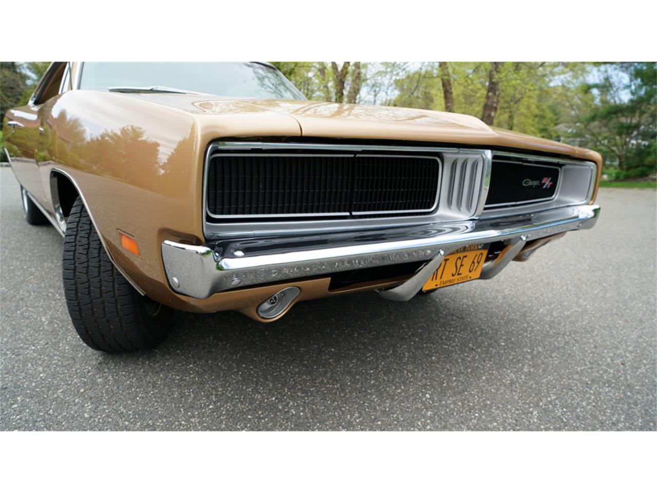 Large Picture of Classic '69 Dodge Charger R/T located in New York - $83,900.00 Offered by Fiore Motor Classics - Q1UM