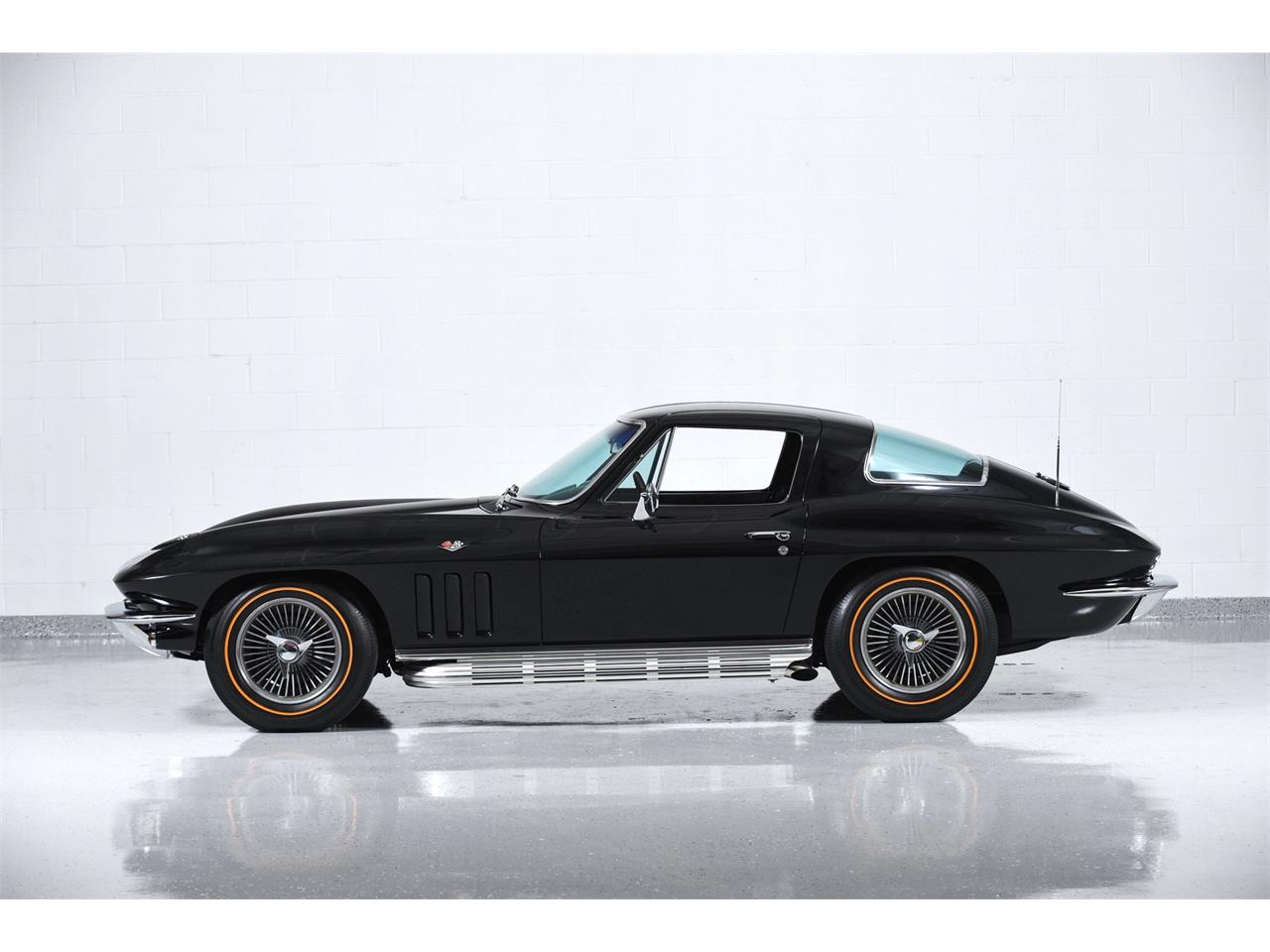 Large Picture of 1966 Corvette Offered by Motorcar Classics - Q1WK