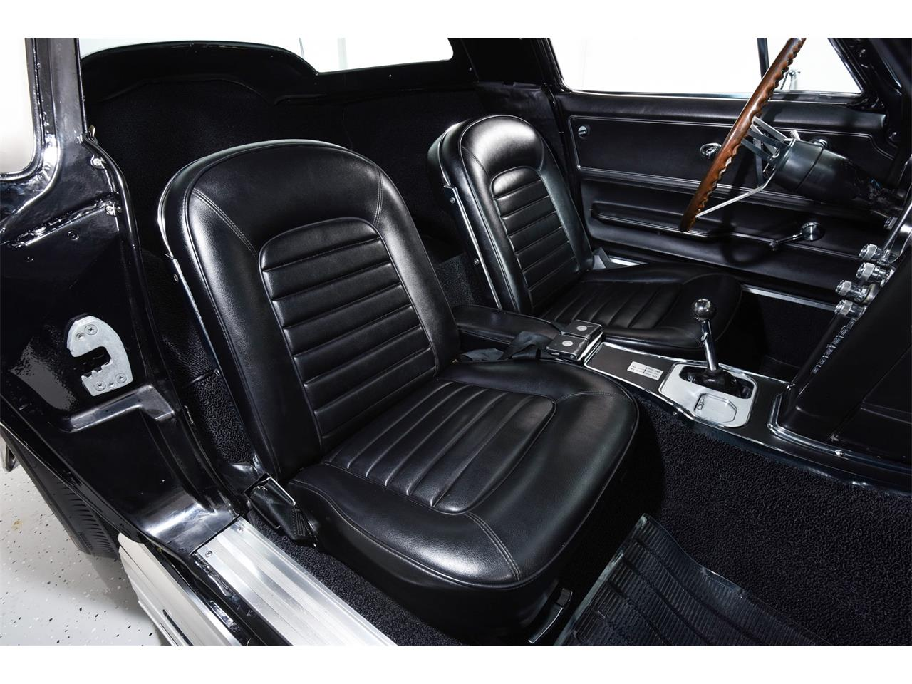 Large Picture of Classic 1966 Chevrolet Corvette located in Farmingdale New York - Q1WK