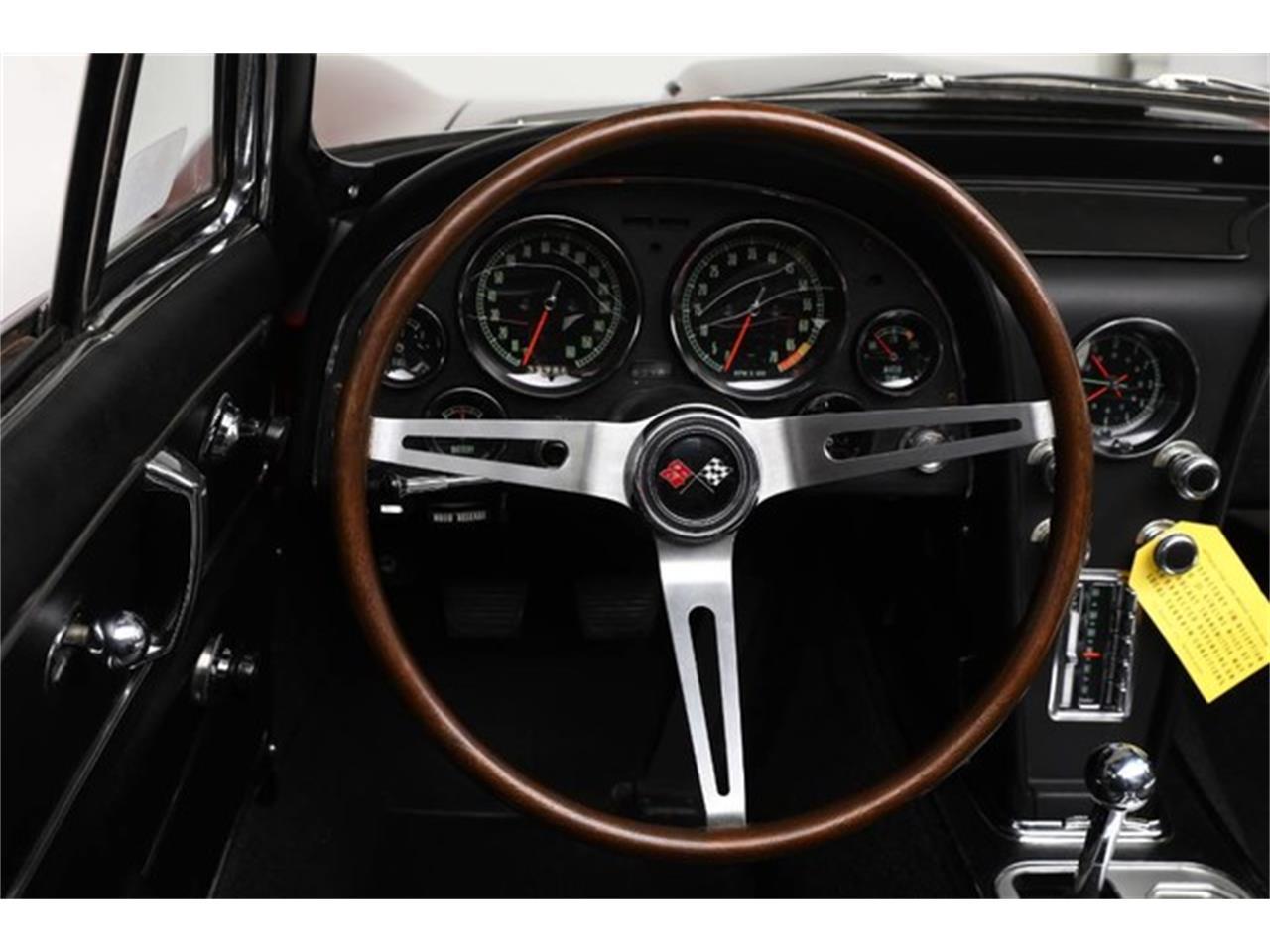 Large Picture of Classic '67 Corvette Auction Vehicle - Q1X7