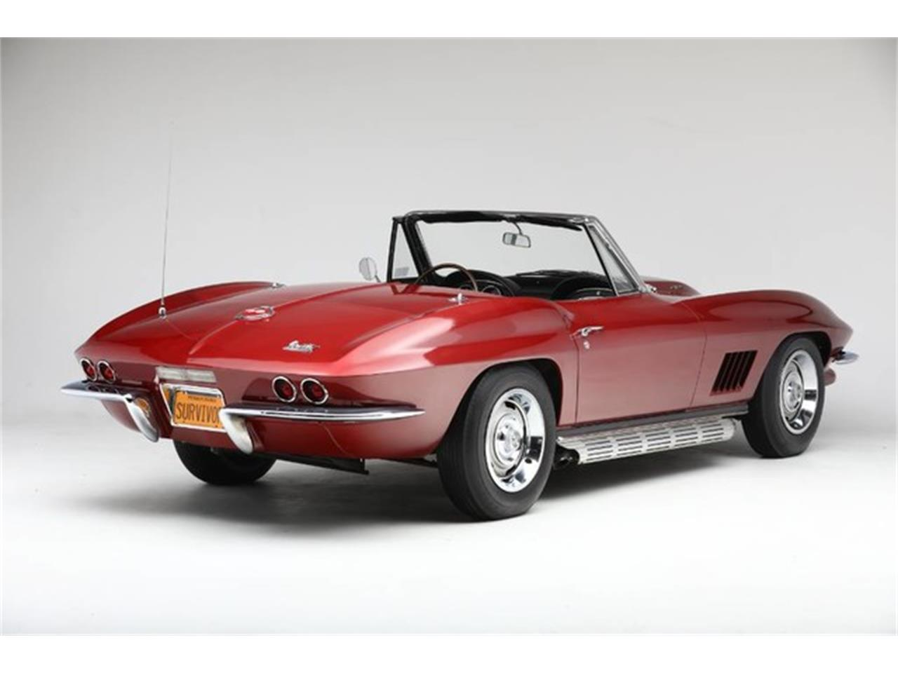 Large Picture of 1967 Corvette located in Clifton Park New York Offered by Prestige Motor Car Co. - Q1X7