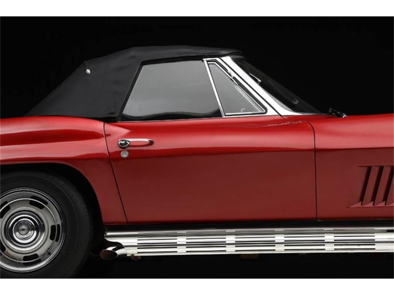 Large Picture of Classic '67 Corvette located in Clifton Park New York Auction Vehicle Offered by Prestige Motor Car Co. - Q1X7