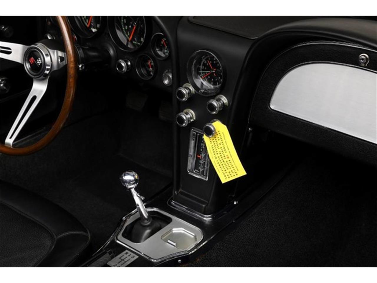 Large Picture of Classic '67 Chevrolet Corvette Auction Vehicle - Q1X7