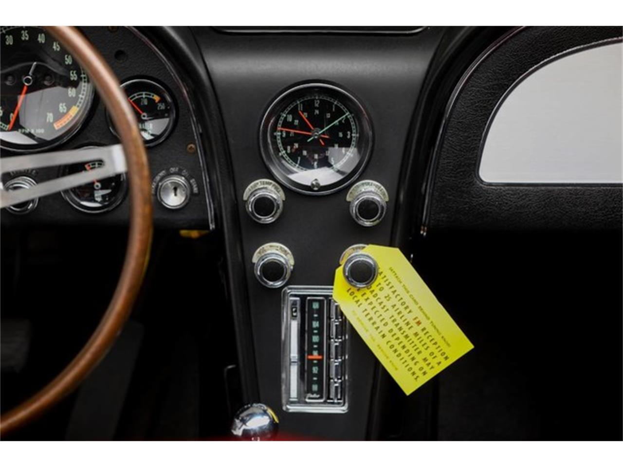 Large Picture of 1967 Corvette - Q1X7