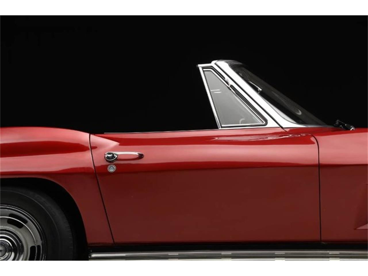 Large Picture of '67 Corvette Offered by Prestige Motor Car Co. - Q1X7