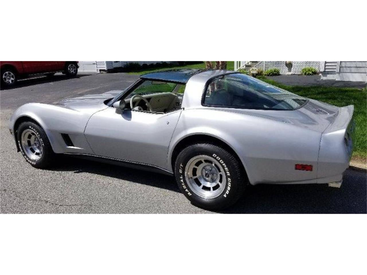 Large Picture of '80 Chevrolet Corvette located in Cadillac Michigan - Q1XX