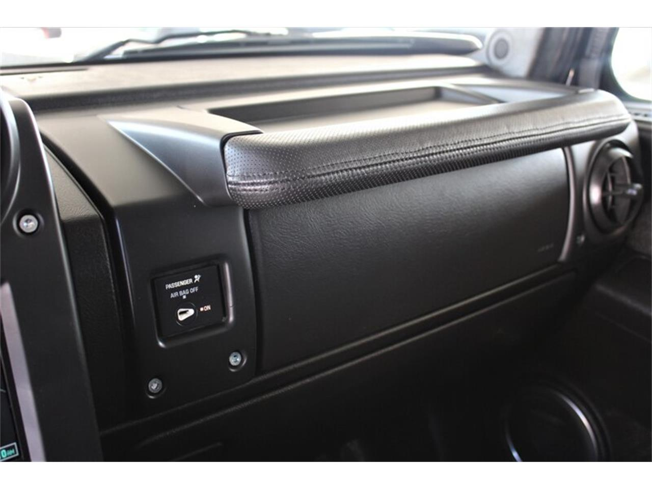 Large Picture of '05 Hummer H2 located in Sherman Oaks California - $24,995.00 Offered by Monza Car - Q1ZZ