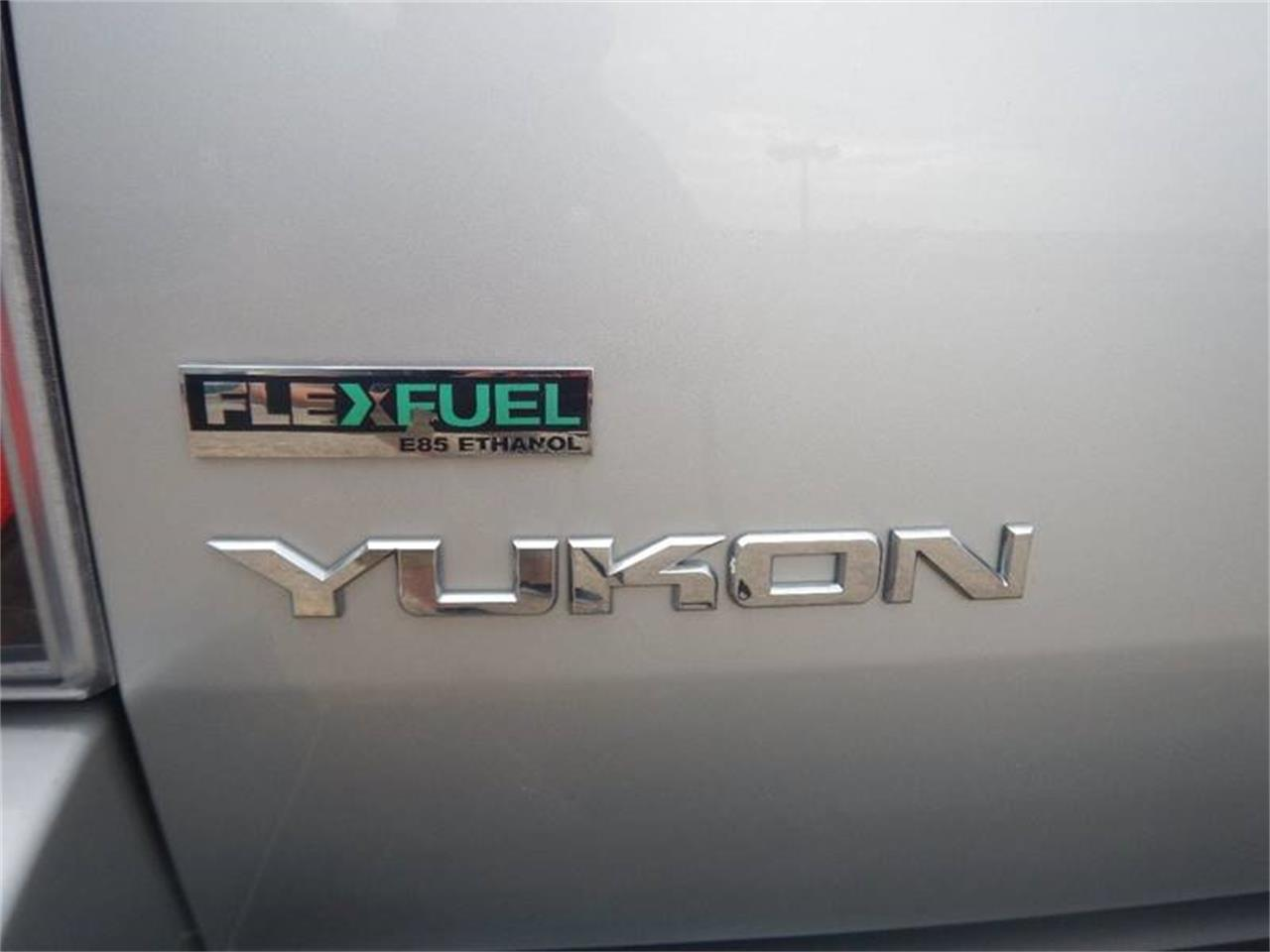 Large Picture of '11 Yukon - Q201