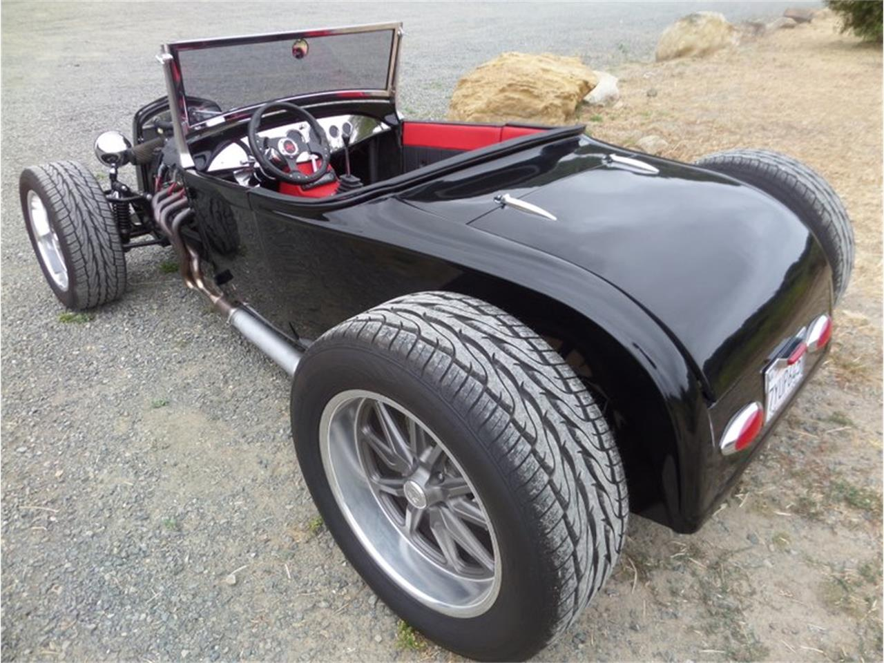 Large Picture of '39 Roadster - Q208