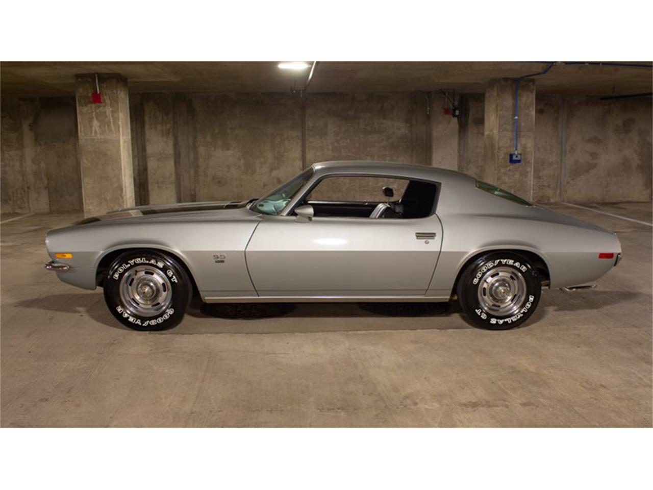Large Picture of '70 Camaro - PY2U