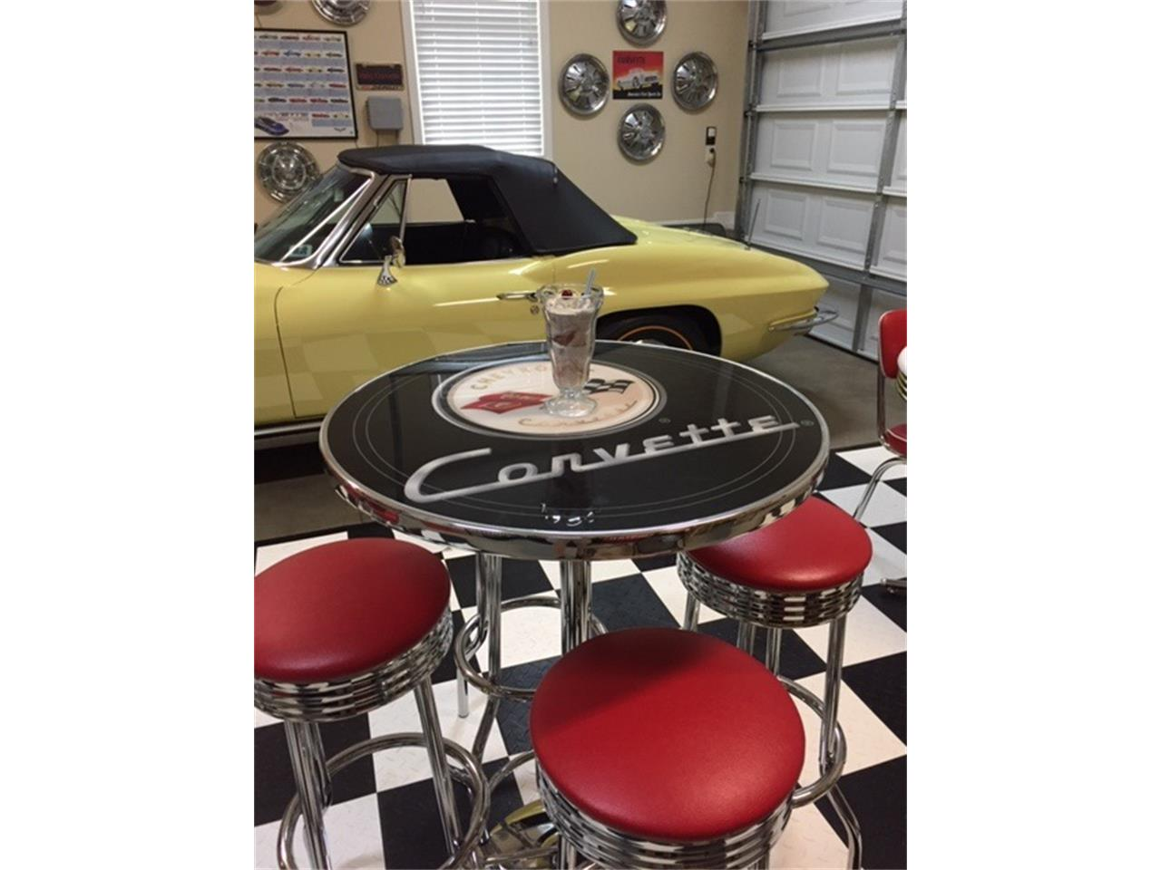 Large Picture of '65 Corvette Offered by a Private Seller - Q216