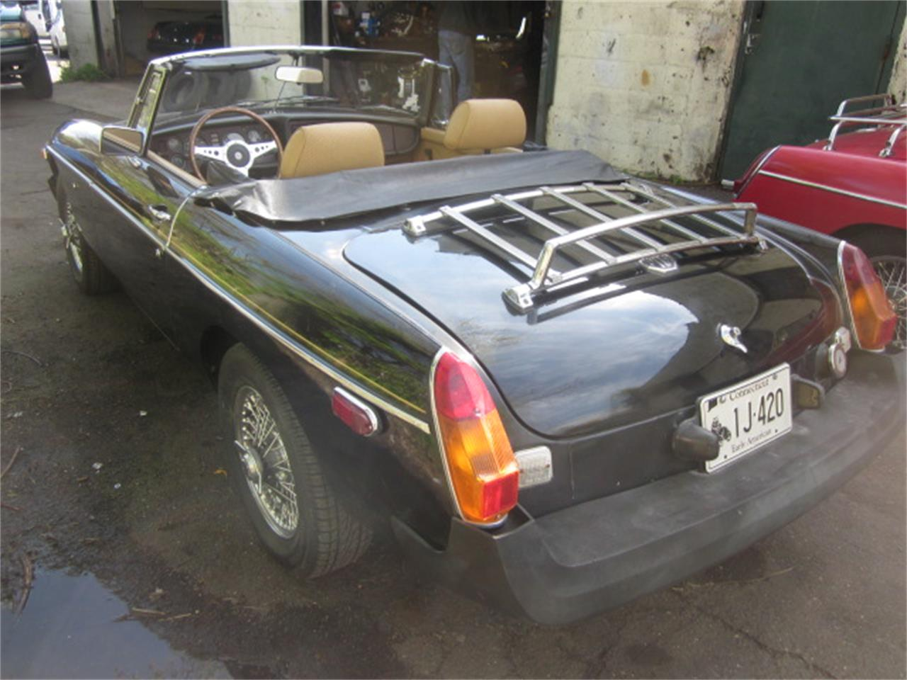 Large Picture of '79 MG MGB - Q21E