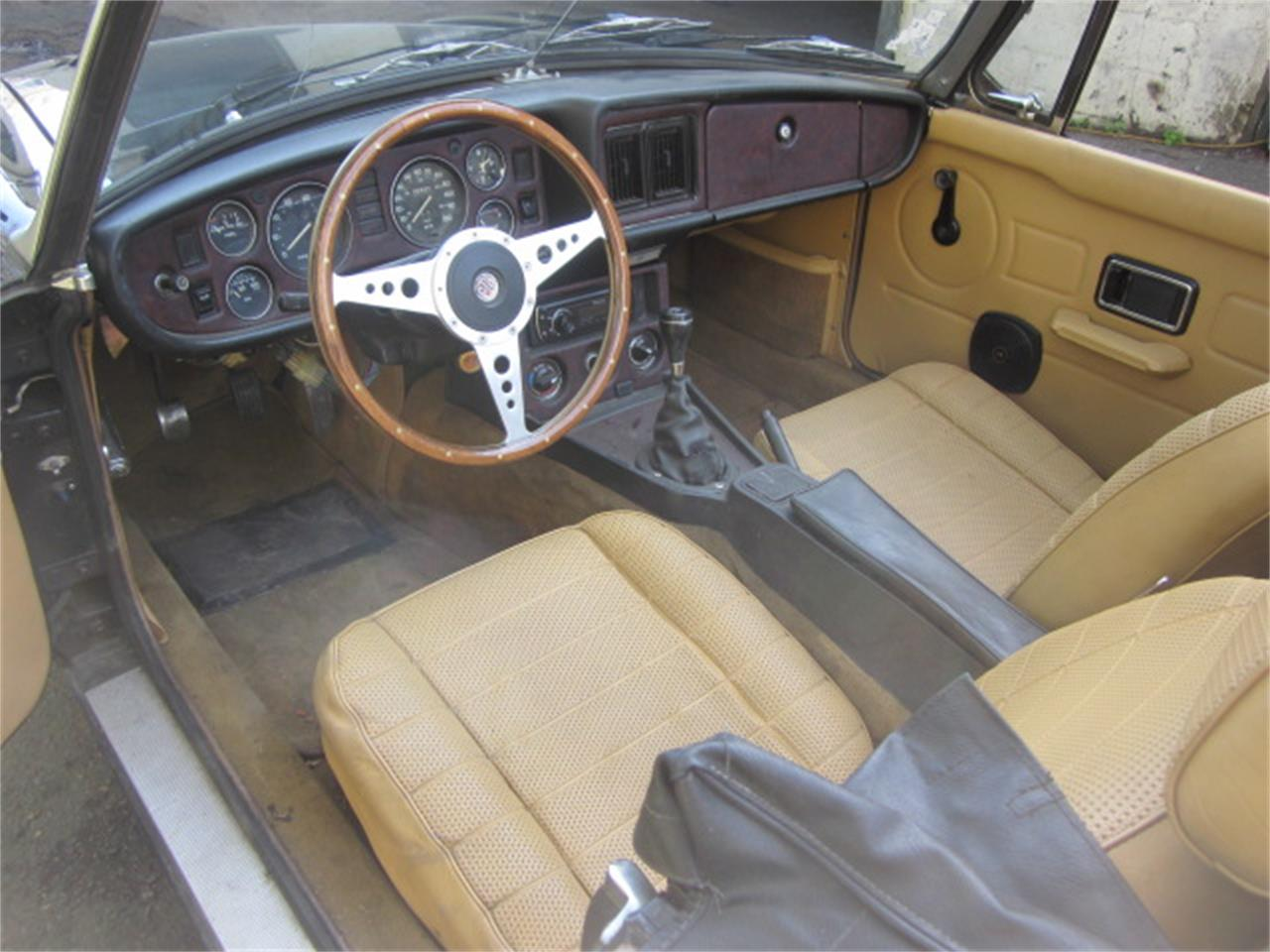 Large Picture of '79 MG MGB located in Stratford Connecticut - $13,900.00 - Q21E