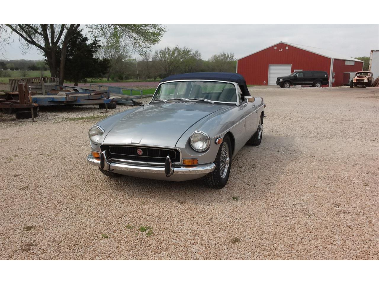 Large Picture of '72 MGB - Q241