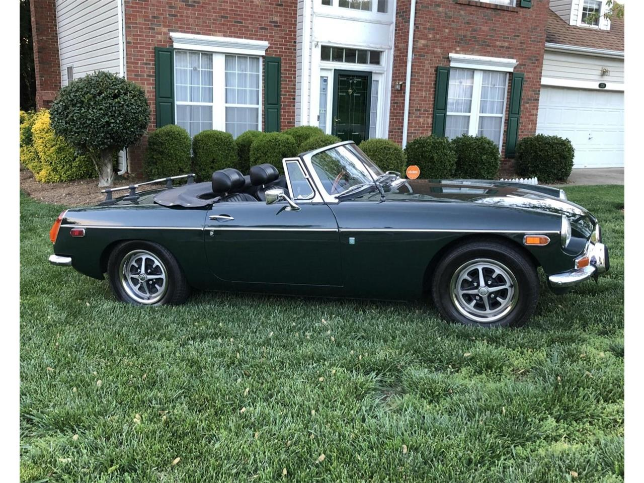 Large Picture of '72 MGB - Q264