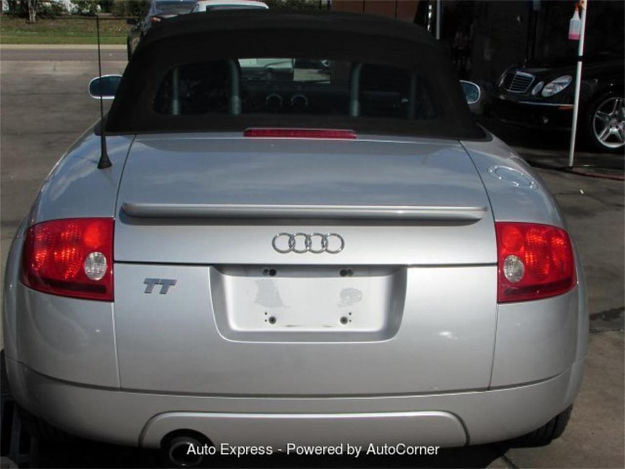 Large Picture of '02 TT - $3,500.00 Offered by Auto Express - Q27B