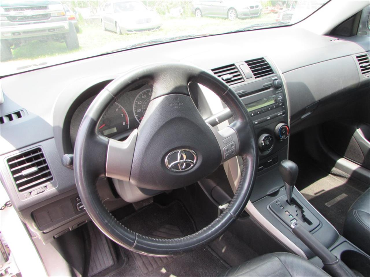 Large Picture of 2009 Corolla located in Orlando Florida Offered by Auto Express - Q282