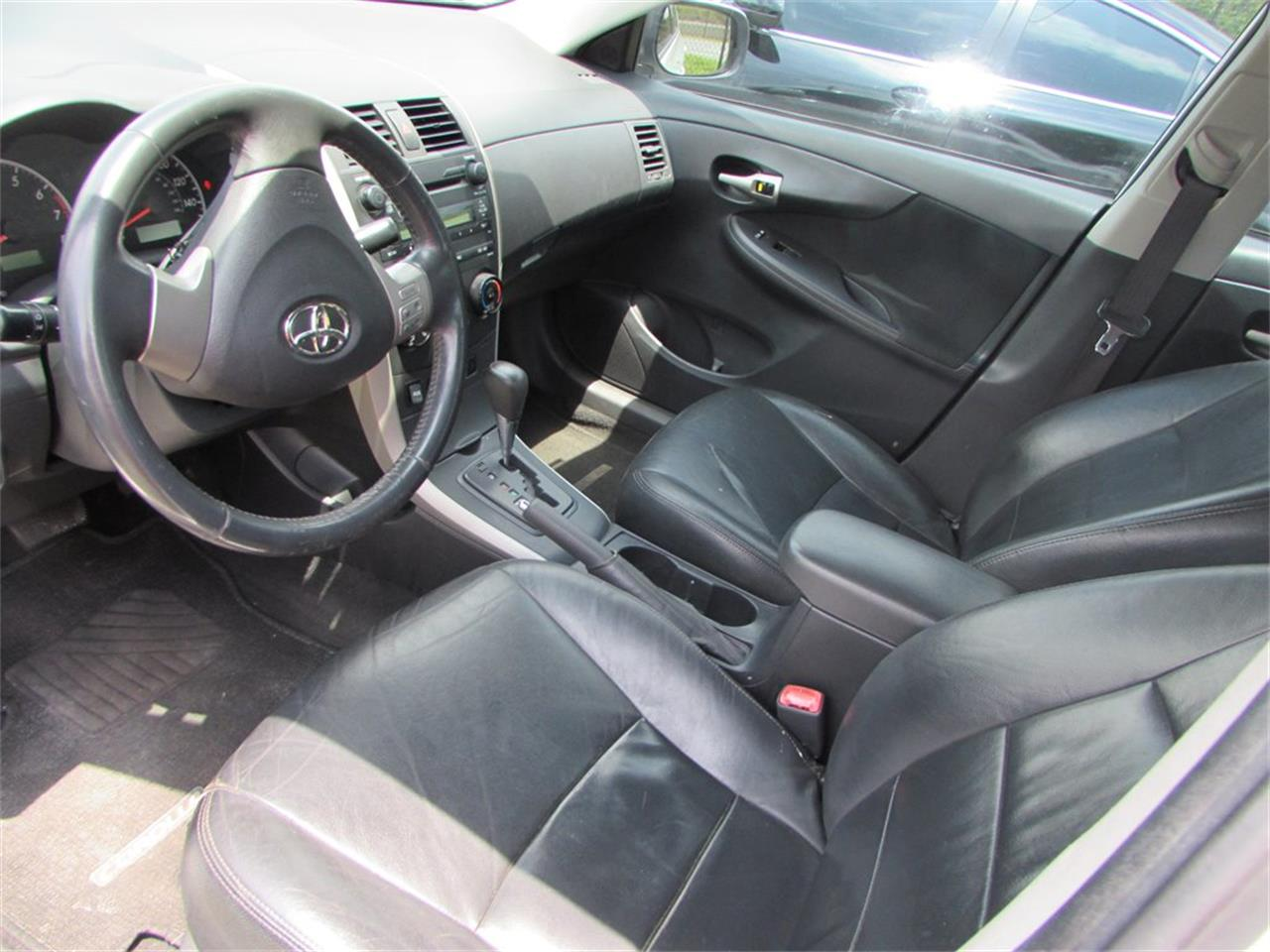 Large Picture of 2009 Toyota Corolla located in Florida Offered by Auto Express - Q282
