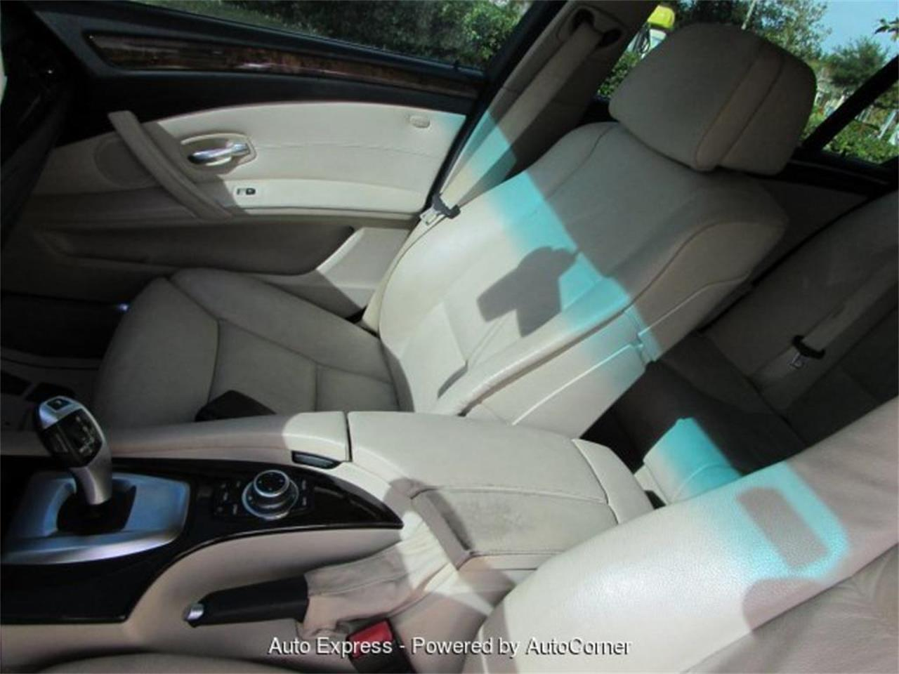 Large Picture of '10 BMW 5 Series located in Orlando Florida Offered by Auto Express - Q28Z