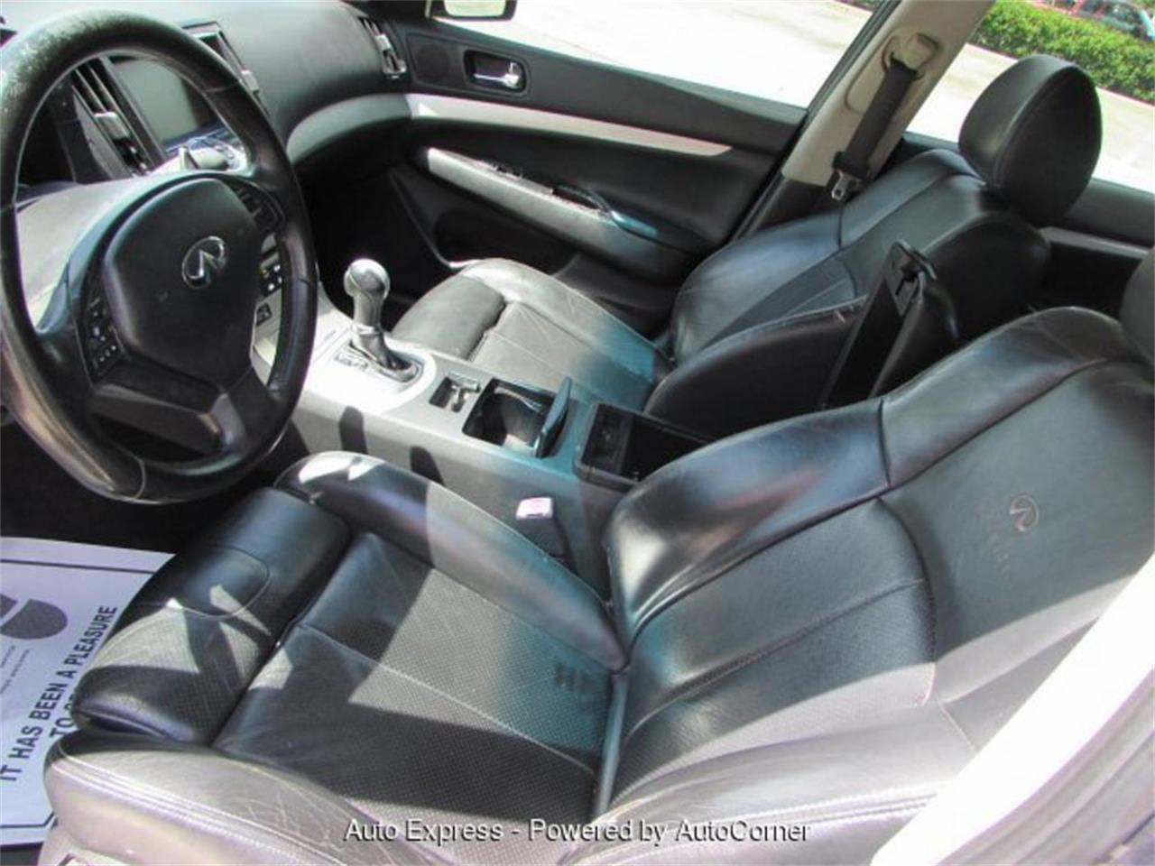 Large Picture of '08 Infiniti G35 located in Florida Offered by Auto Express - Q29A