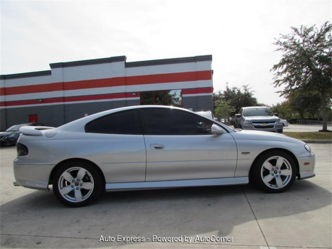 Large Picture of 2005 GTO - $13,999.00 Offered by Auto Express - Q2A5