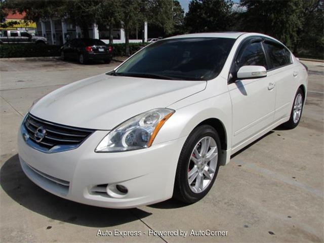Picture of '10 Altima Offered by  - Q2AB
