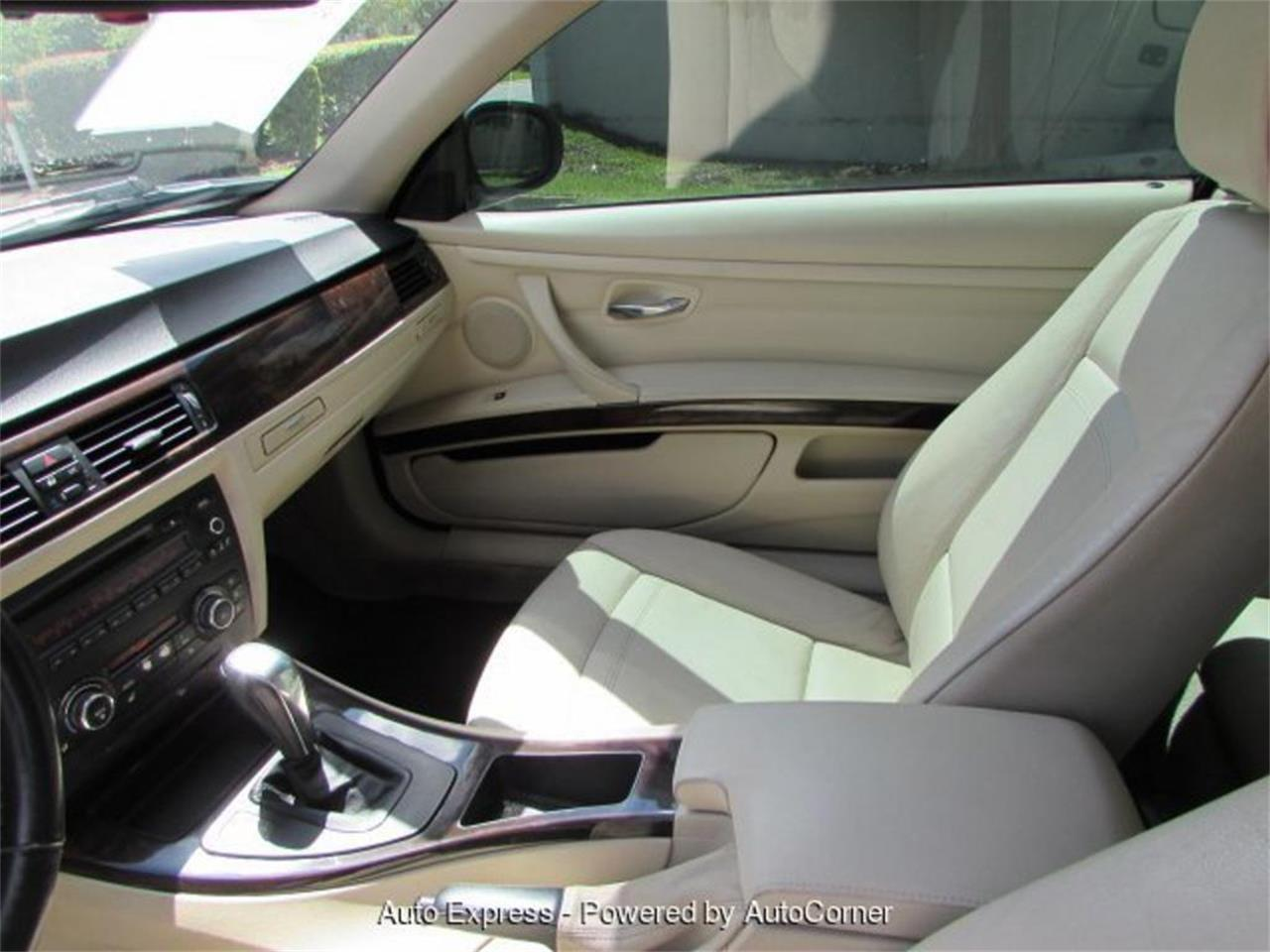 Large Picture of '11 3 Series located in Florida - $10,950.00 Offered by Auto Express - Q2AO
