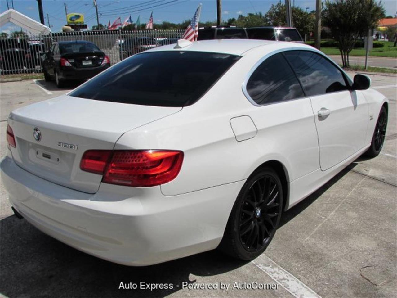 Large Picture of '11 BMW 3 Series located in Orlando Florida - $10,950.00 - Q2AO