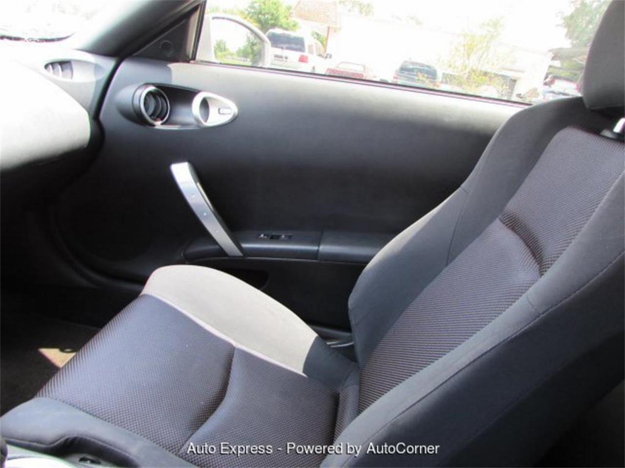 Large Picture of '05 350Z - $9,999.00 Offered by Auto Express - Q2AX