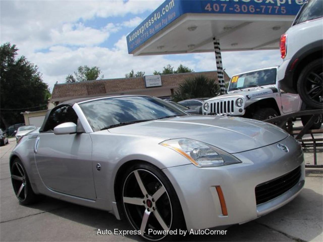 Large Picture of 2005 Nissan 350Z located in Orlando Florida Offered by Auto Express - Q2AX