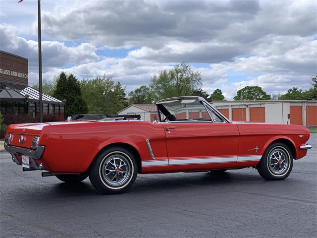 Picture of 1965 Ford Mustang located in Illinois - $24,995.00 - Q2DD