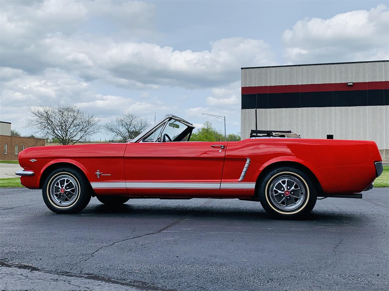 Large Picture of Classic 1965 Ford Mustang - $24,995.00 Offered by Classic Auto Haus - Q2DD