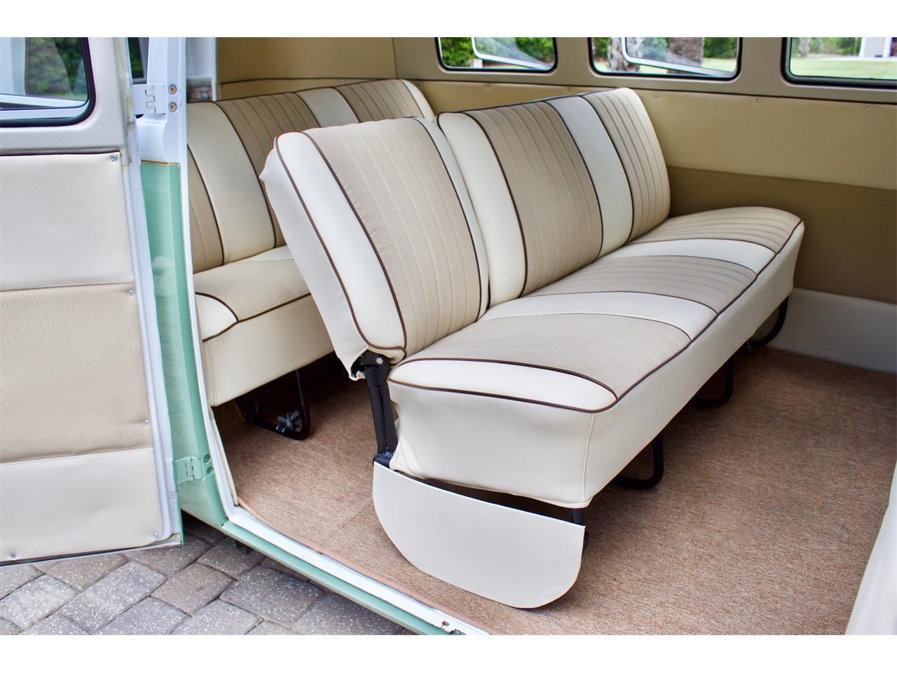 Large Picture of Classic 1962 Volkswagen Bus located in eustis Florida - $59,950.00 - Q2DH